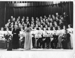 1953 (4)