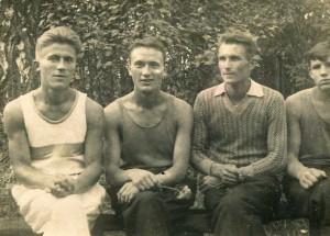 д. Вася с братьями
